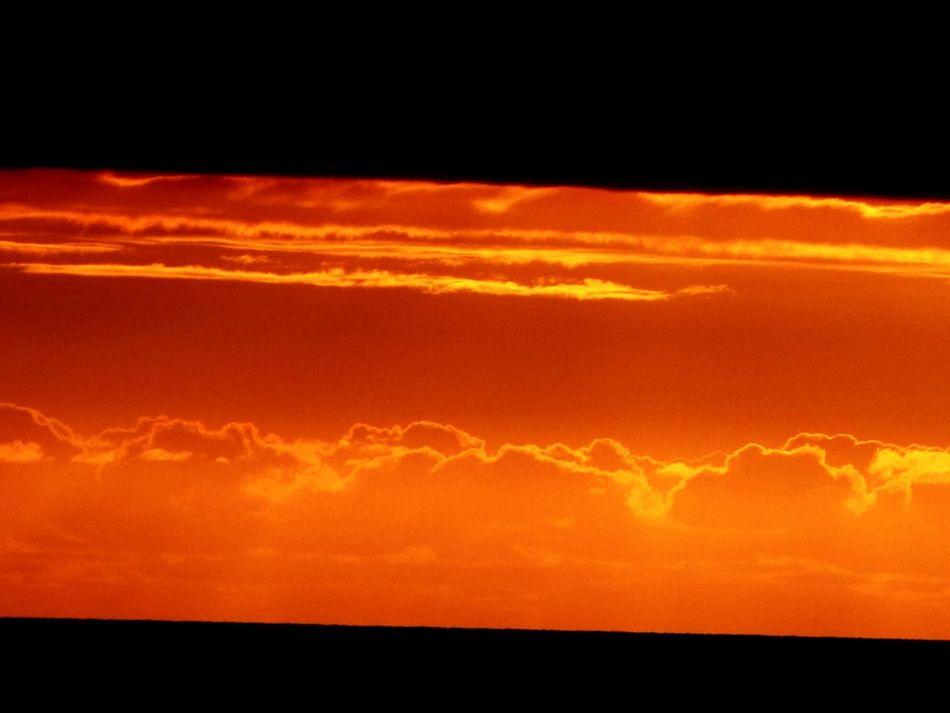 Fanore sky. Sunshine Sunset Fanore, Ireland Ireland🍀 Clouds And Sky EyeEm Nature Lover Fresh On Eyeem  EyeEm Gallery Ayeshea Bah Colours Atmospheric Sky Outdoor Photography Dark Sky