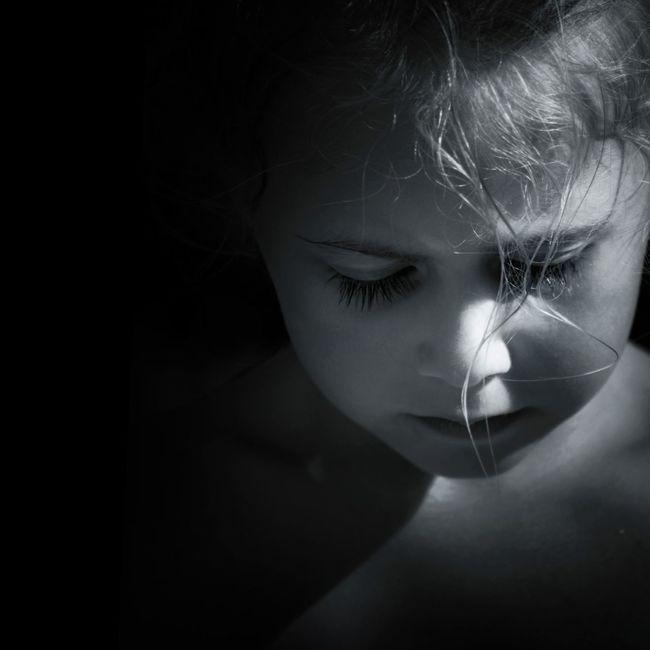 Eye4photography  Portrait Monochrome Shootermag Blackandwhite Sadness