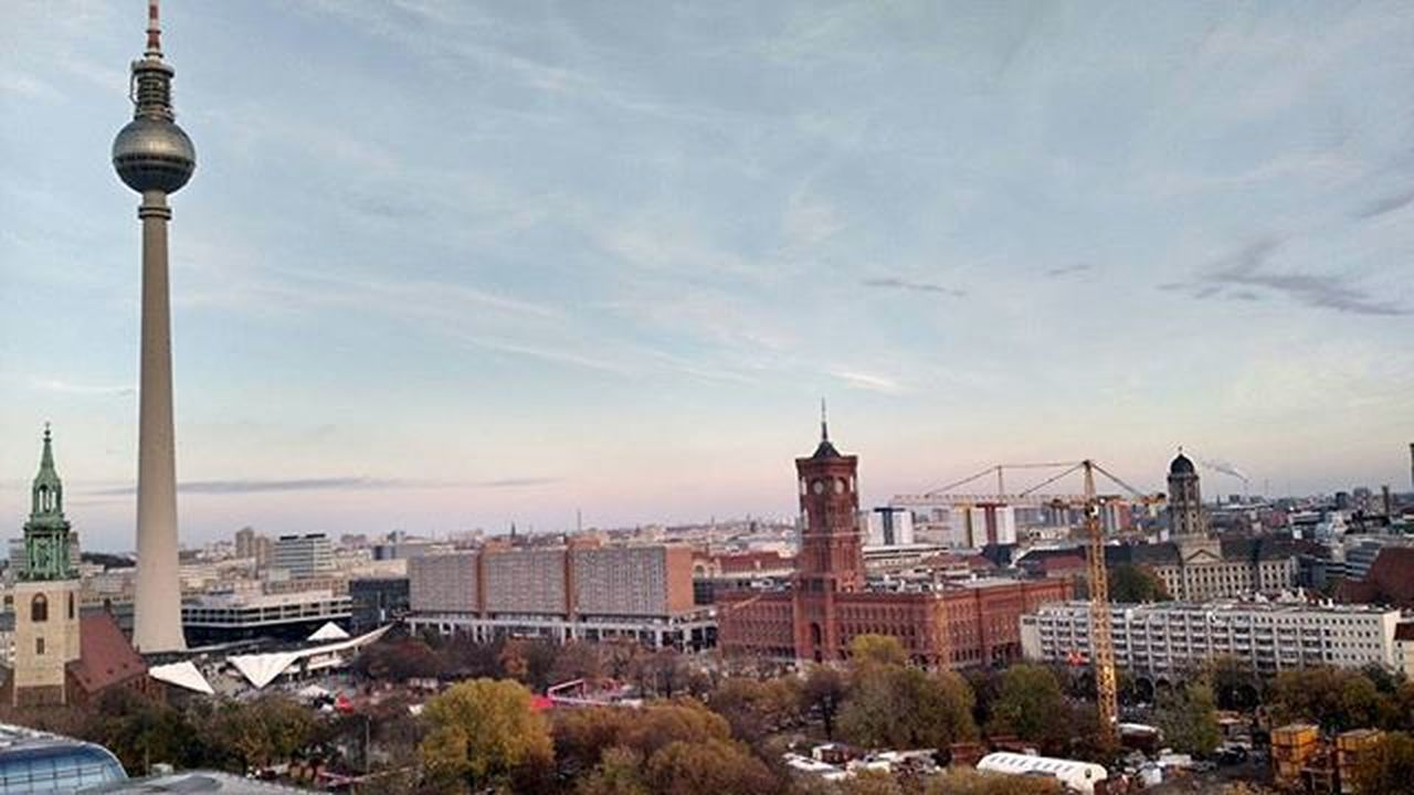 Berlim vista de cima Panoramicview Tvtowerberlin Fernsehturm The Great Outdoors With Adobe