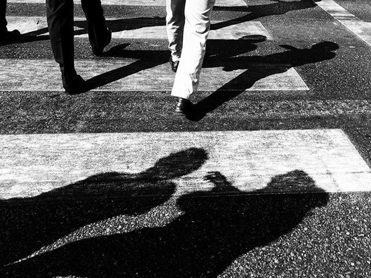 Blackandwhite Bnw Bnw_captures Shadowhunter Shadows Ig_bnw Igersdubai Igers Dubaistreet Snapseed Snapshot Ig_street Igers Streetshot Stockphoto Streetphoto_bw Bnw_life_shots Daandxb @litratistasadaan @in_public_street_photo @streetphotographyintheworld