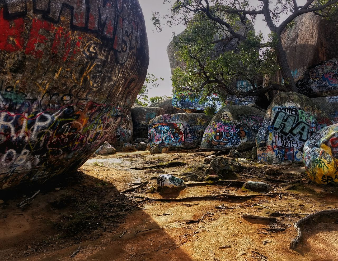 Graffiti moves to the country. 😔 Victoria Australia Australian Landscape Rock Art! Sunlight And Shadow Graffitiporn Tadaa Community EyeEm Best Shots Exceptional Photographs EyeEm_crew Check This Out Rocks Naturelovers Striving For Excellence