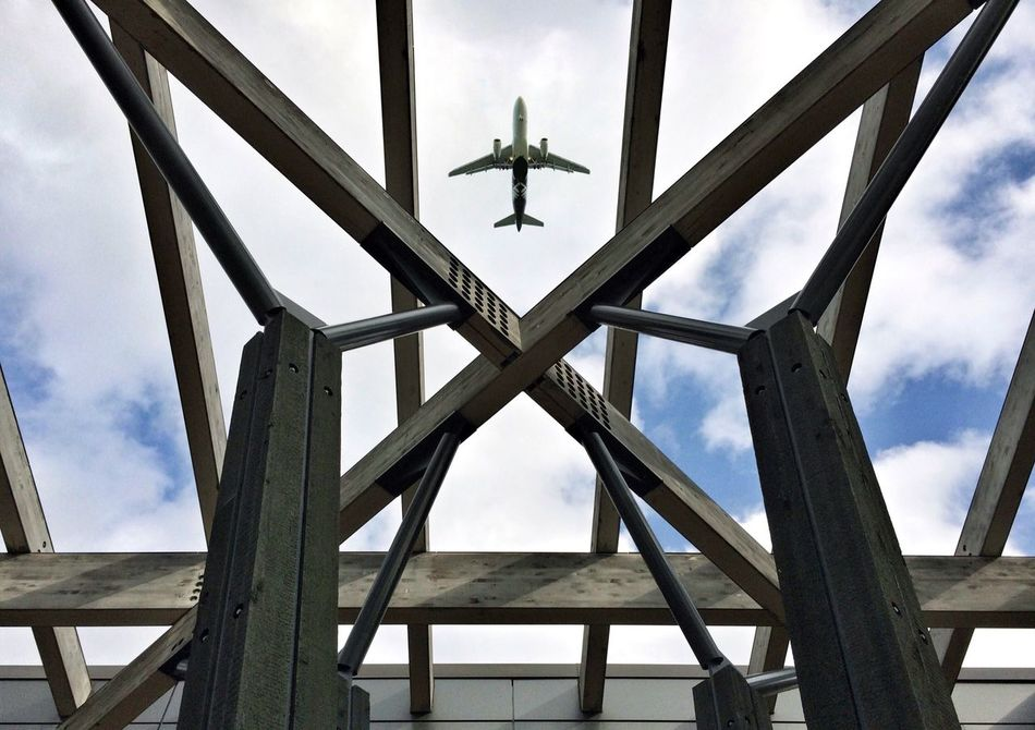 I'm leaving on a jet plane. Sky Airplane Lookingup IPhoneography Beam Me Up Architecture Fall Skies