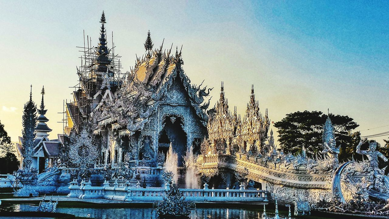 Wat Rong Khun Chiang Rai Thailand Outdoors Northern Thailand Southeast Asia ASIA Lanna Shade Temple Buddhist Buddhism Sunset Evening White Temple