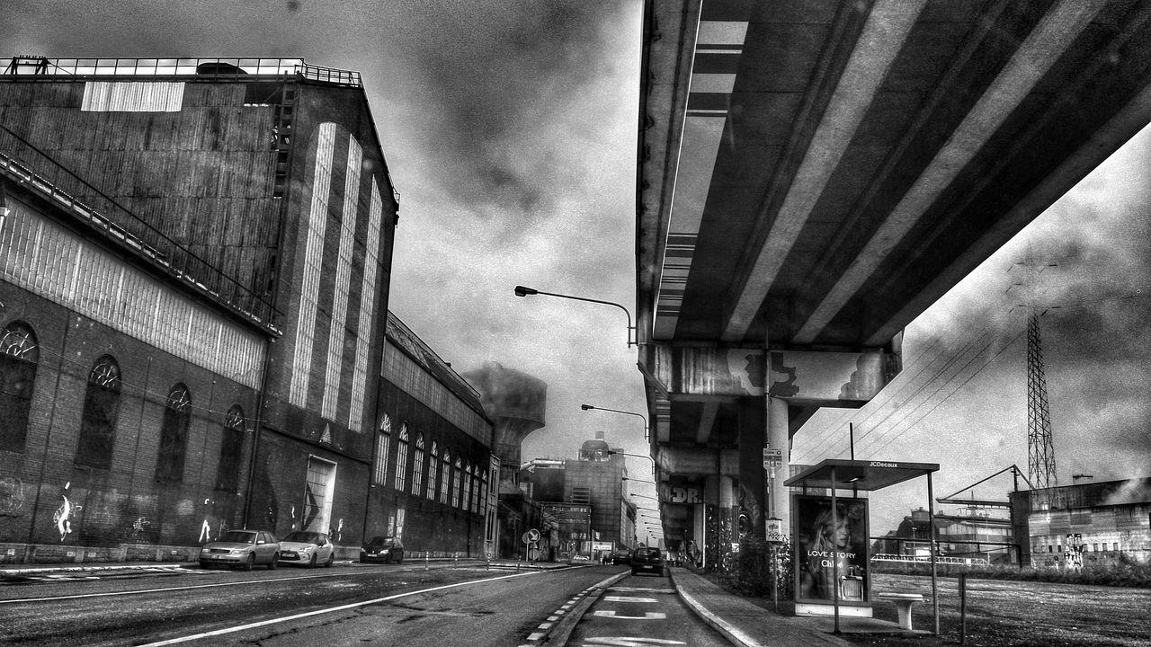 Charleroi... Blackandwhite Bw Noiretblanc HDR Hdr_Collection Streetphotography Streetphoto_bw Usine Charleroi, Belgium Charleroistreetart