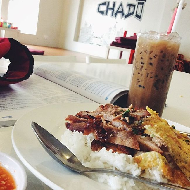 Breakfast+lunch 😅😋 Nothin2say Maybe Homeworking Foodgrabing caffeine ..That spoon ruin the photo =_=