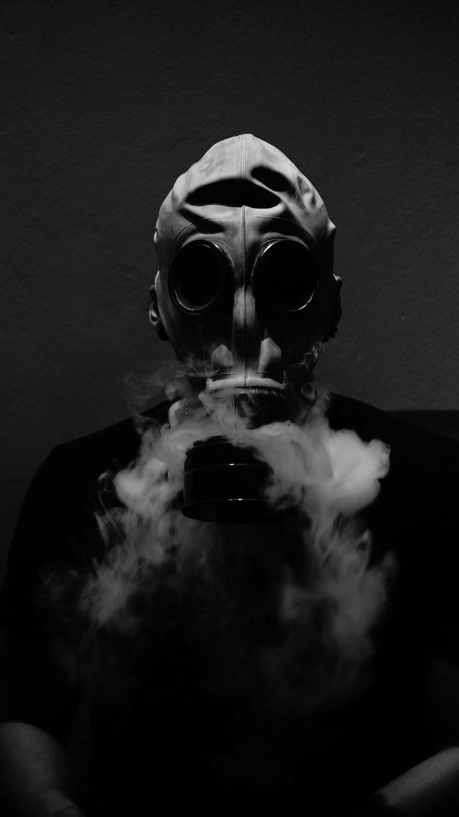 #life Blackandwhite #gasmask #smoker #soldier #vape Cropped Lifestyles Unrecognizable Person