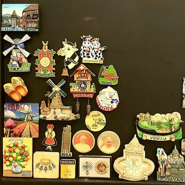 Magnet collections of Roma, Vatican, Italy, Holland, Switzerland PrivateCollections PersonalCollections Collections Travelmania Travelers roma vatican pisa venezia italy holland netherlands lucerne Swiss titlis Switzerland