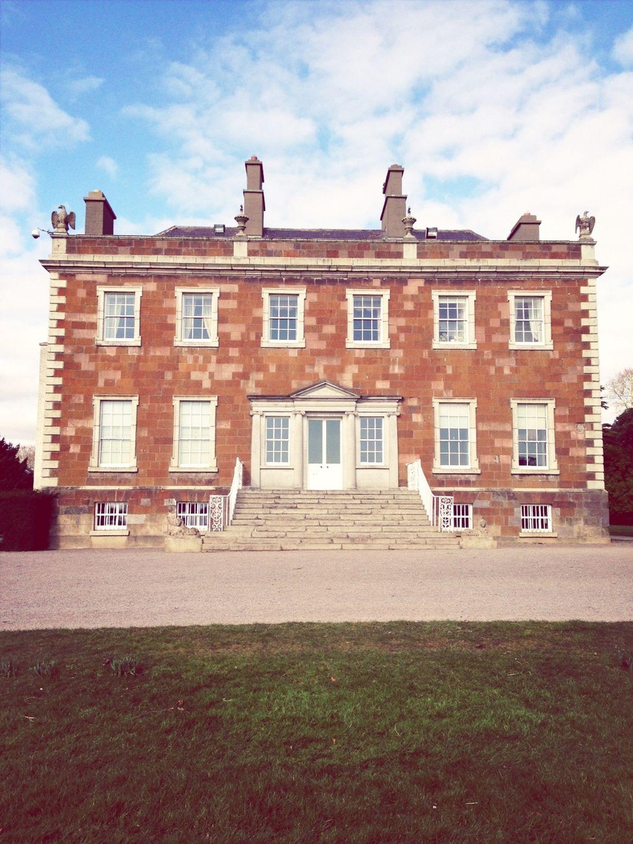Newbridge House