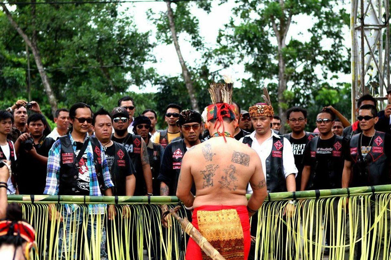 Support your local Bikers Brotherhood Mc Motorcycle Club 1% Dayak Culture Borneo Kalimantan Brotherhood Forever Forever Brotherhood Benteng Pertahanan Terakhir Negara Kita Adalah Persaudaraan Hello World Indonesia Itu Indah