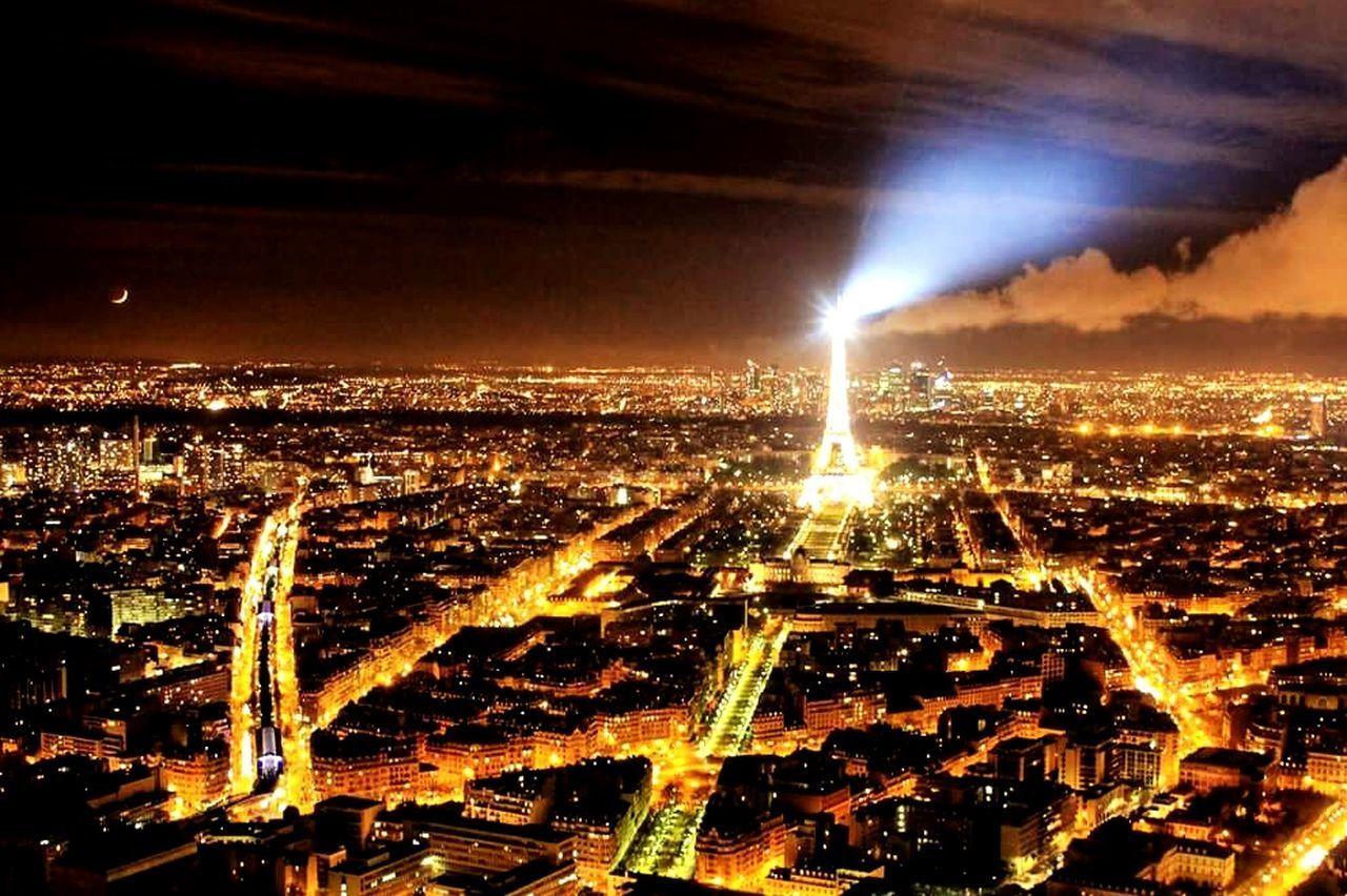 Paris, France  Paris ❤ ParisByNight Toureiffel Toureiffelbynight Toureiffelparis Parigi