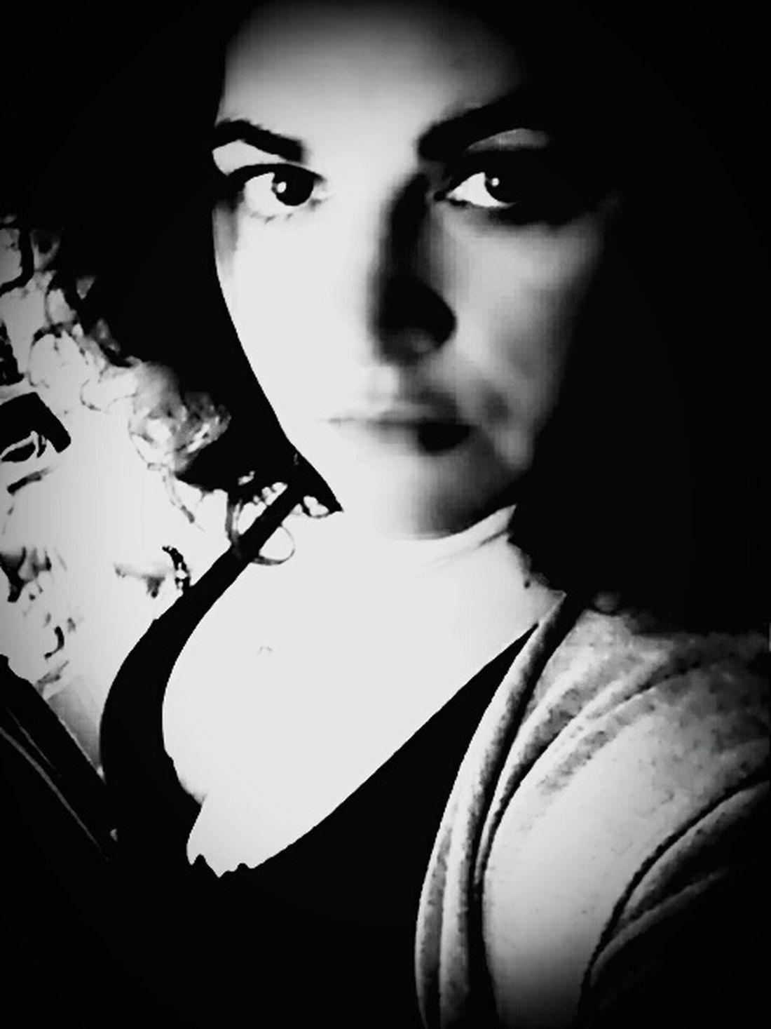 Selfportrait Sexywomen Noir Et Blanc Blackandwhite Simply Human Justbeforethenight That's Me Women With Curves Womanselfie