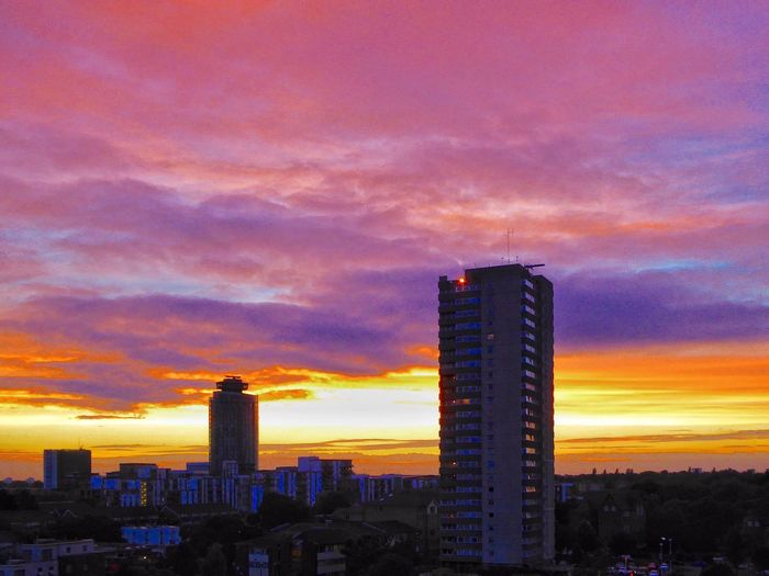Urban Sunset Urban Sunsets Sunset Sunset_collection Sunset Silhouettes Sunsets Sunset And Clouds  Sunsetlover Sunset_captures London LONDON❤ Amazing Sunset Amazing Sunset! Purple Sunset Golden Sunset