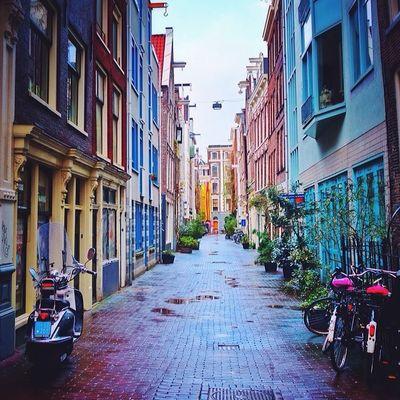 Beautiful streets of #amsterdam ❌❌❌? From_city Amsterdam Holland Gf_daily Igersholland Allshots_ Ic_cities Mokummagazine Insta_holland Igholland Capture_today Mashpics