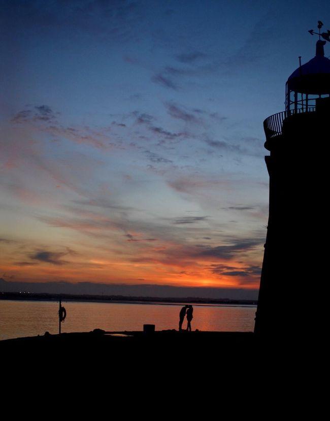 Nikon Nikonphotography Harbor Couple Kiss Lighthouse Sunset Ocean