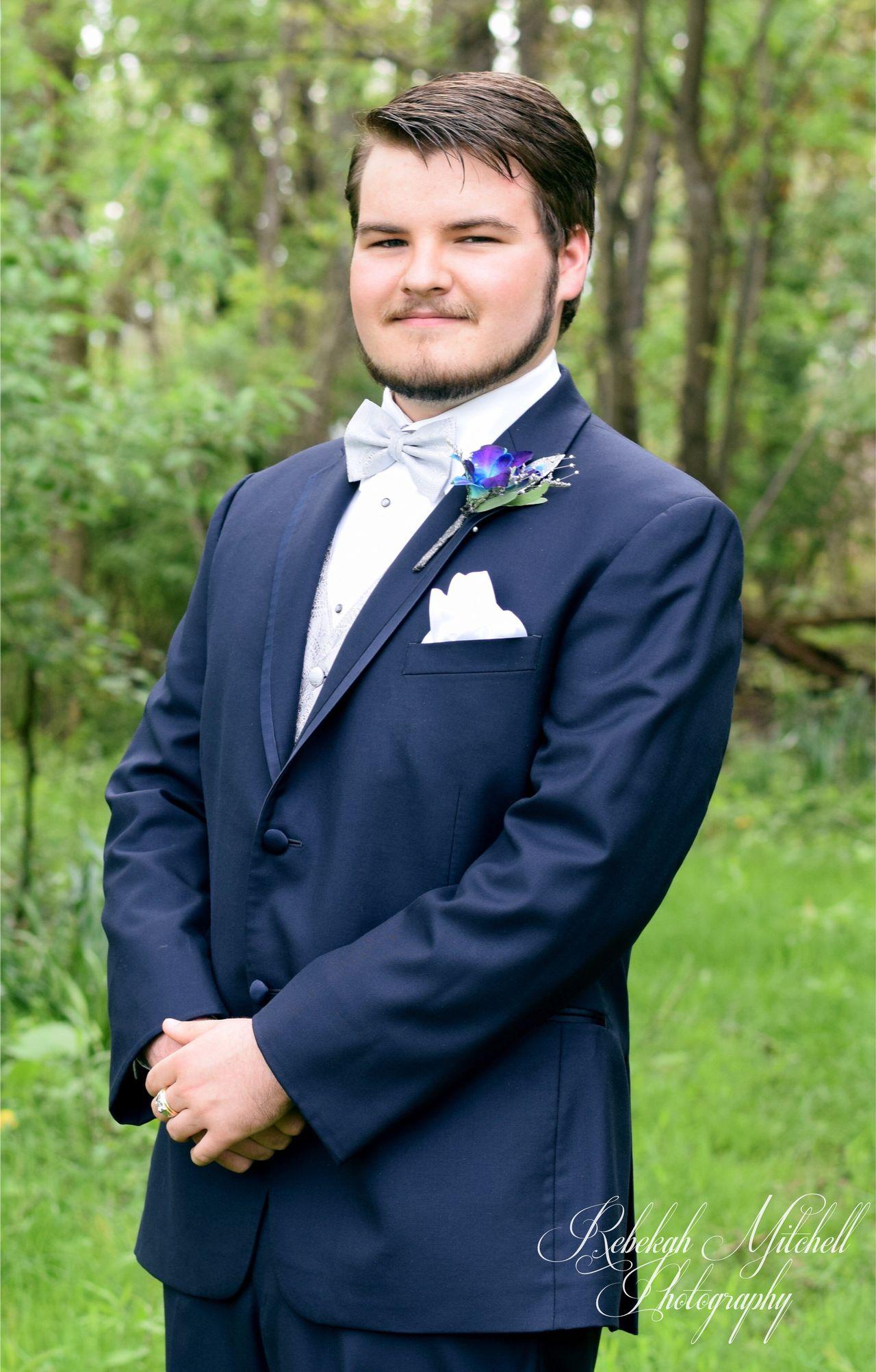 Bachlor Handsome Prom Wedding Outdoors Boy