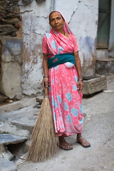 I met this beautiful person who was cleaning a street in Rajasthan India. Portrait Indian People Incredible India India People Photography Travel Streetphotography Colors Women