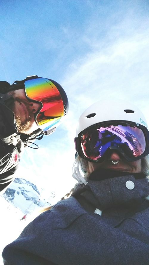 Hello from the Saas Fee glacier 🏂❄😊✌💜 Snow ❄ Saasfee Swiss Alps Alpesvalaisannes Boyfriend Dragonalliance Volcomstone K2 Clwr Mountains Mountainview Wellness Snowboarding Bernhelmet Adventure Time Couplegoals