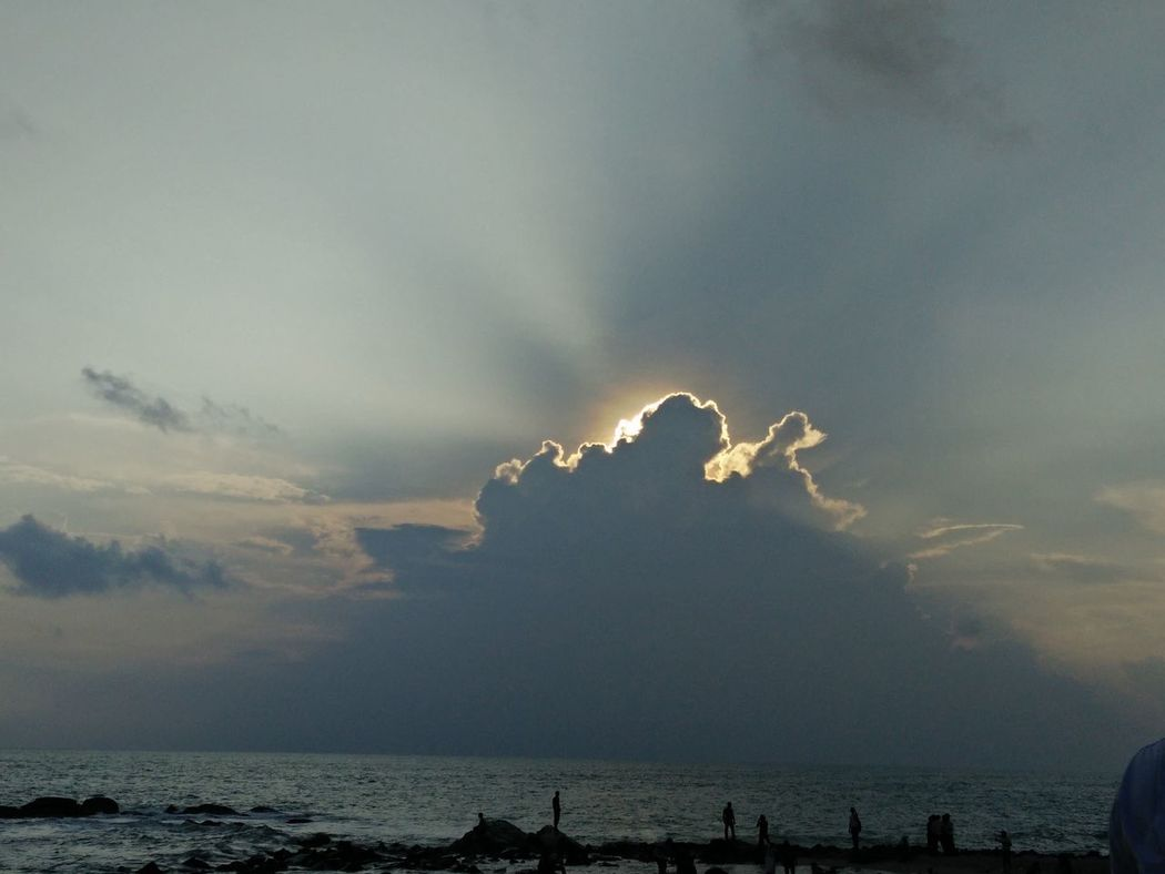 God ray Check This Out Taking Photos Cloudporn Sunshine Sunrays Sunset Nature Clouds And Sky Natural Beauty Sea And Sky Seaside Sun Light Sun In Clouds