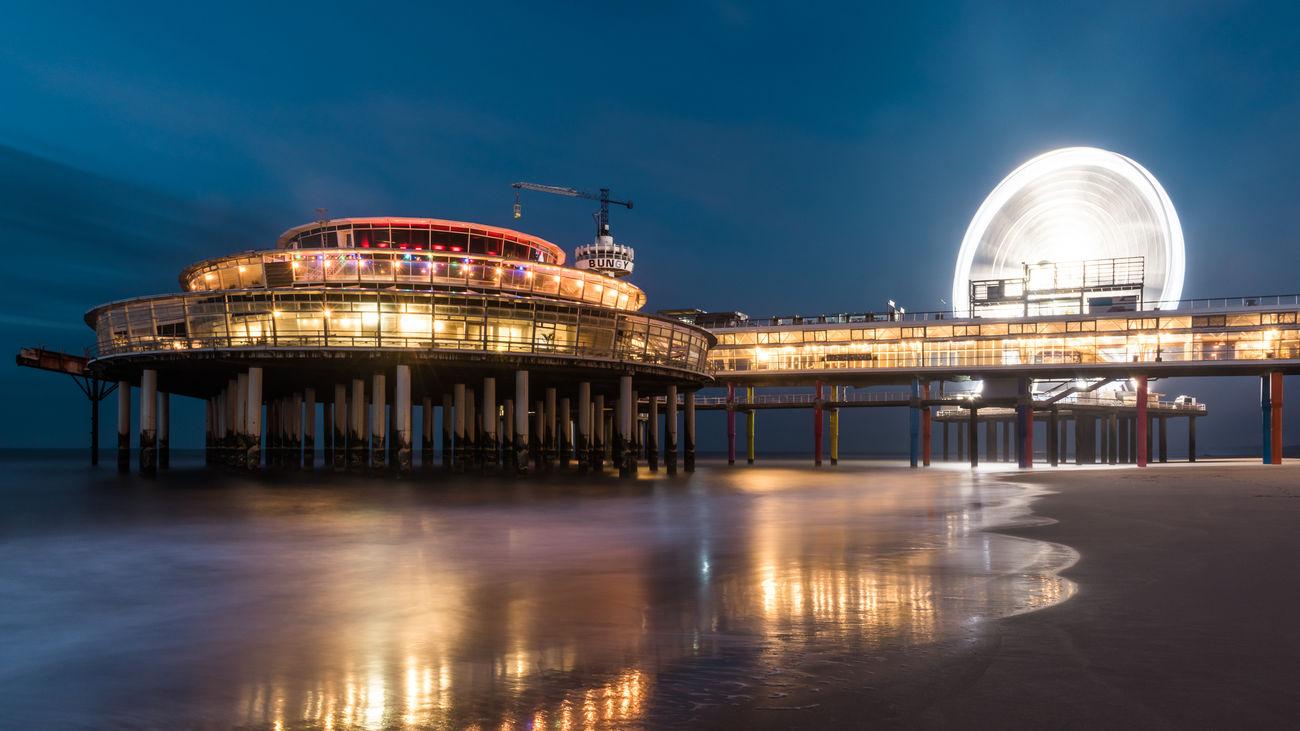 Architecture Cityscape Illuminated Long Exposure Night Reflection Scheveningen Pier Travel Destinations