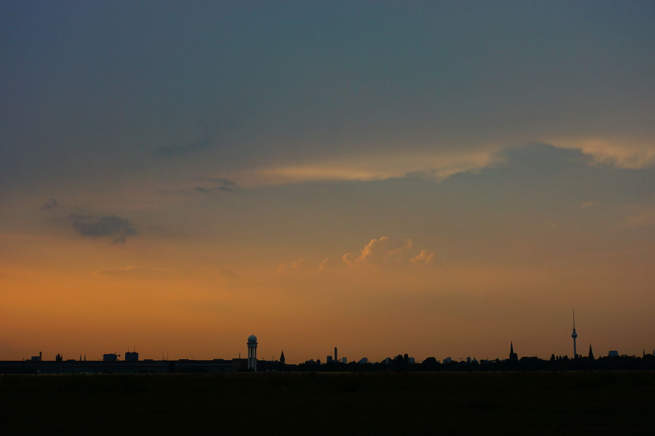 Berlin Skyline Tempelhofer Feld (Tempelhof Field) City Skyline Silhouette No People No Photoshop Outdoors Sony A6000 Sunset Over Berlin Tranquil Scene Outdoors