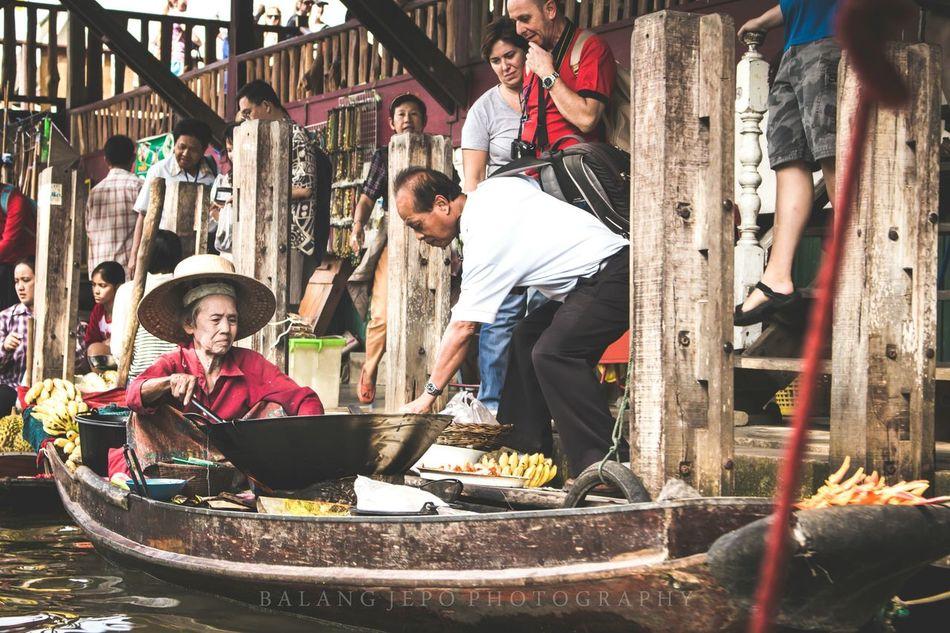 Marketing & Sales. Marketing Selling Food Floating Market Dumnoen Saduak Tourist Buyer Boat Hawker Buy Thailand Tourism Banana Fritters 43GoldenMoments Show Me The Money