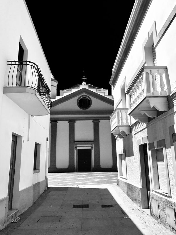 Architecture Built Structure Church Italy Seatown White No People Perspective Lines And Shapes Lines