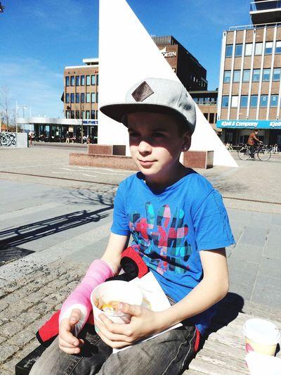 Frozen yoghurt is good after kickbike injurie 😱👍😘 Kickbike Frozen Yogurt Jönköping