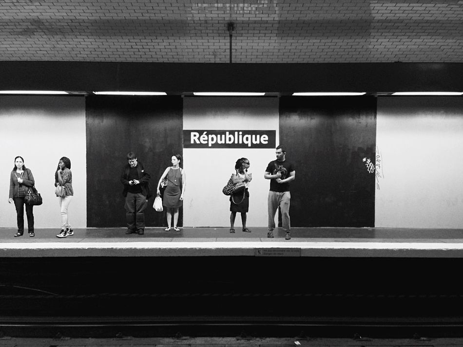 "Bnw_friday_eyeemchallenge Train Friday Challenge ""Je veux que la République ait deux noms : qu'elle s'appelle Liberté, et qu'elle s'appelle chose publique."" Victor Hugo Station Republique Metro Urban Geometry Urbanphotography Metro Station Subway Metro Paris People People Watching Peoplephotography People Photography People Waiting Waiting Waiting For A Train MeltingPot Blackandwhite Bnw_life Bnw Black And White Blackandwhite Photography Black & White Open Edit OpenEdit"