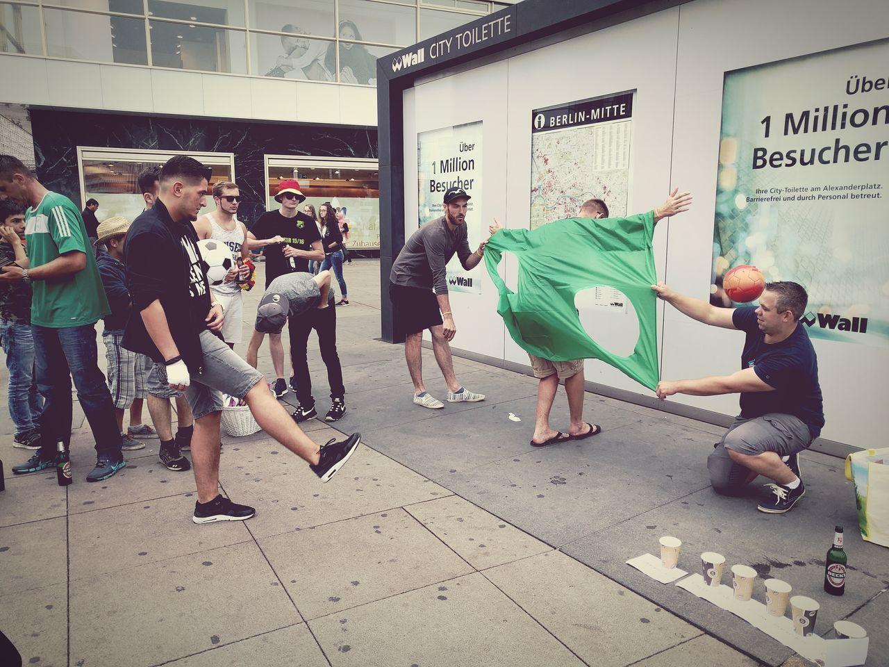 Junggesellenabschied Torwand Fussball Alexanderplatz