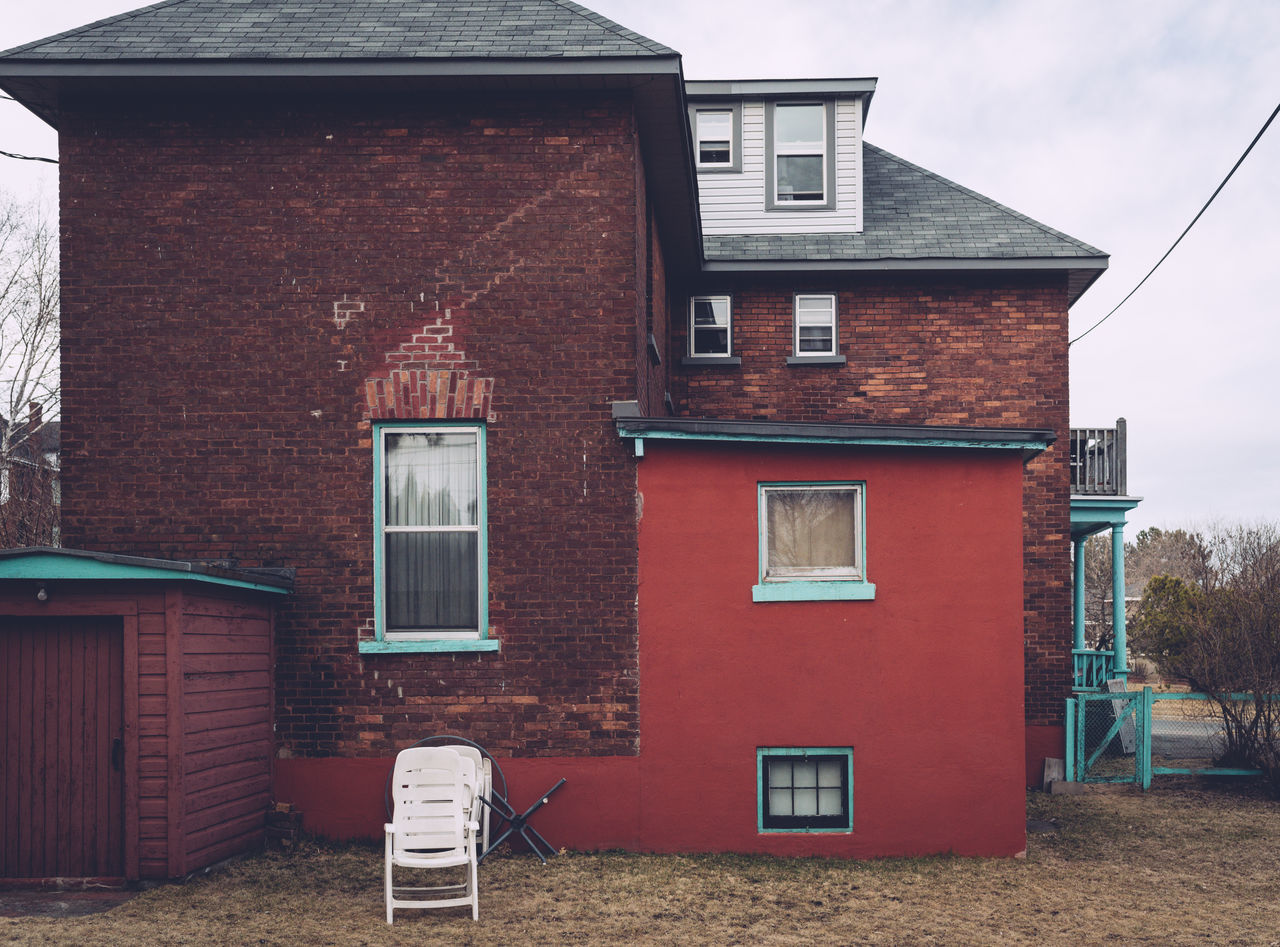 Architecture Building Exterior Built Structure Day House Lawn Chair No People Outdoors Red Residential Building Tiled Roof  Window
