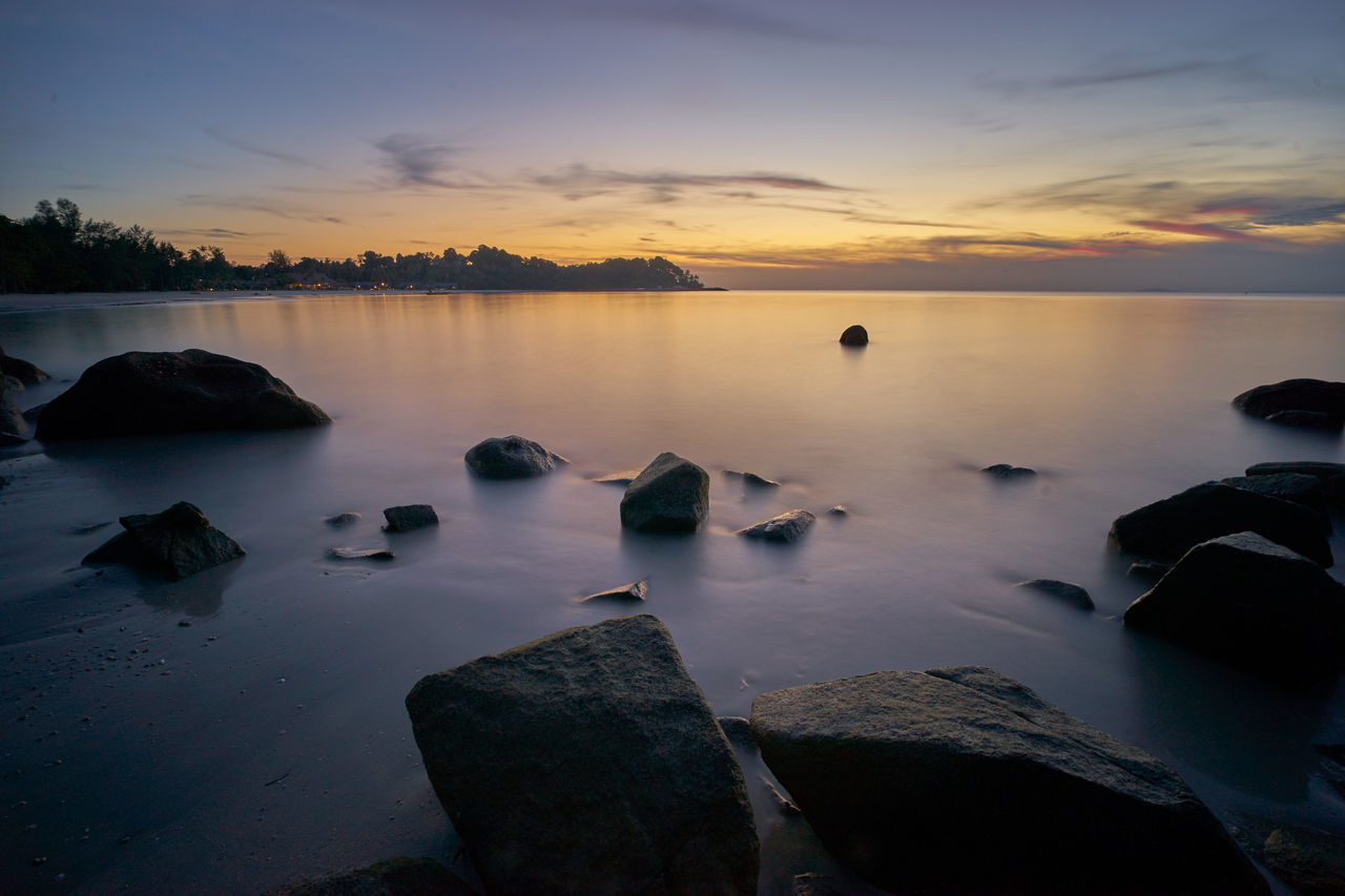 Rocks Beauty In Nature Cloud - Sky Day Horizon Over Water Manfrottobefree Nature No People Outdoors Rock - Object Scenics Sky Sonyalpha7ii Sunset Sunset #sun #clouds #skylovers #sky #nature #beautifulinnature #naturalbeauty #photography #landscape Sunset_collection Sunsetlover Tranquil Scene Tranquility Water