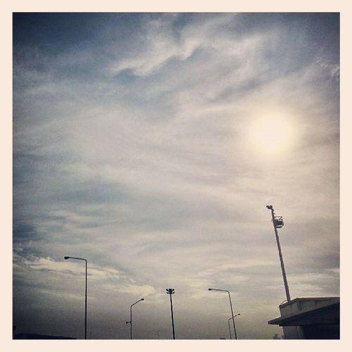 I know ur up there maybe darwing Mr.hellyeah Rip Ripmamafaka Ripmmfk MMFK mrhellyeah sky Bangkok BKK Thailand BlueBaBiG