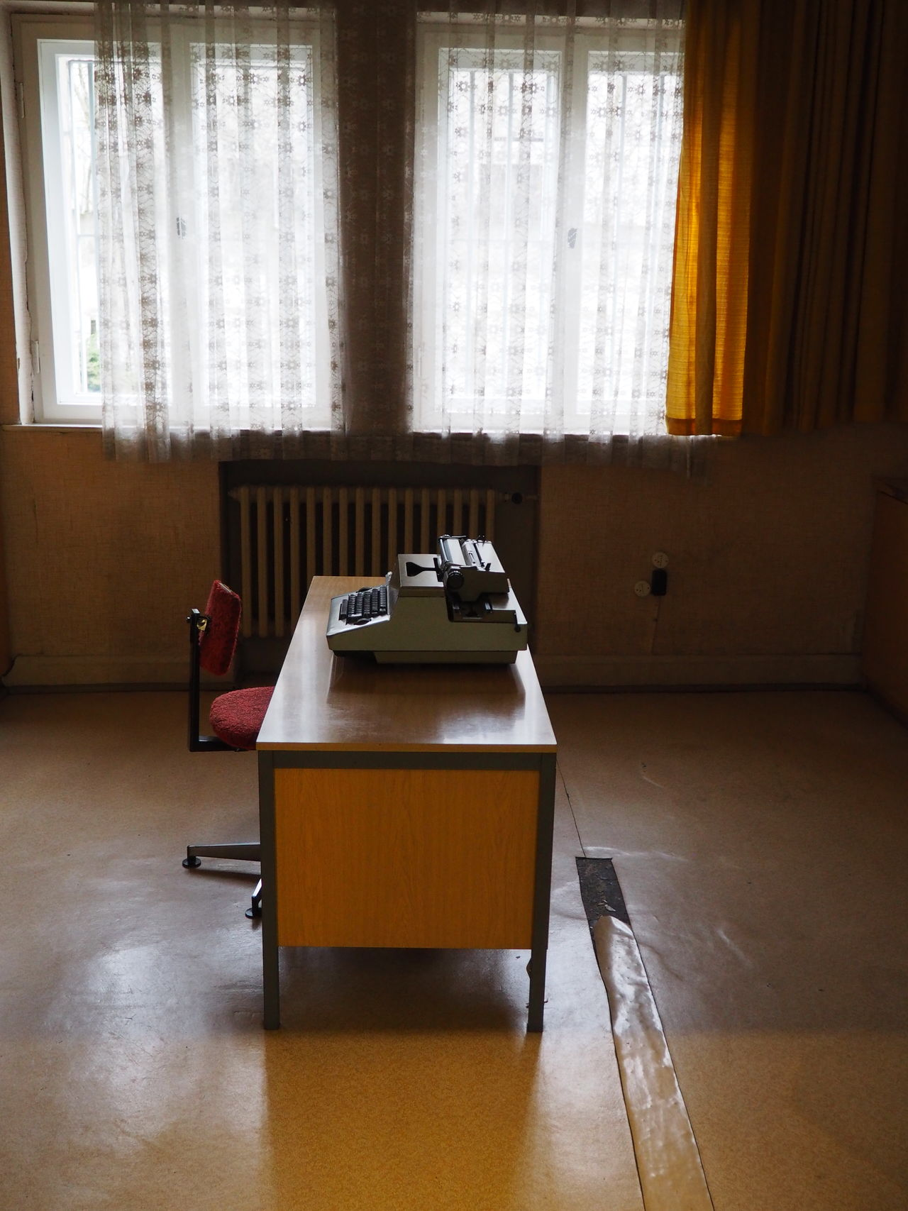 Gedankstätte, Berlin, Stasi 70s Absence Chair Curtain Flooring Interrogation Room Office Old-fashioned Table Window Writing Machine