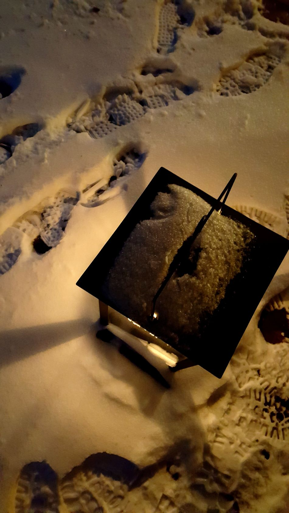 Coming home Nature Winter Cold Temperature No People Outdoors Snow Footprints Cold Light Lantern Candle Home Terrace Mood Warmth Welcome Scandinavia Sweden Dalarna Ilovesweden Stugan Beach Close-up Day