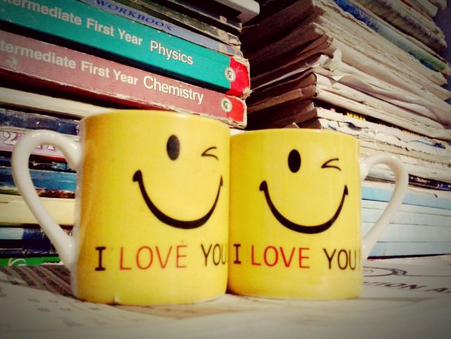 Cups Twocups Two Is Better Than One Two Objects Bookstore Books ♥ Bookshelf Memories ❤ Iloveyou Iloveyou❤ Yellow Color Smiley Smilerforever Oldbooks