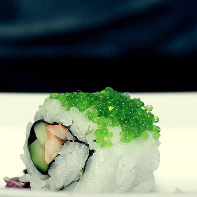 Sushi with kaviar Kaizeki Hotelbluesky Foodphotobpn Bpnfoodies cheftalk Foodporn Foodphotography Japanese Food Foodlover Inmymouf