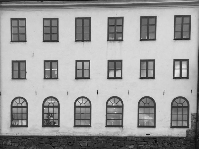 Architecture Window Built Structure Building Exterior Repetition Residential Building In A Row Building City Arch Day Outdoors Exterior No People Order Multi Colored Full Frame Façade EyeEm EyeEm Black&white! EyeEm Team Bw_collection Streetphoto_bw Minimalism_bw EyeEm Bnw