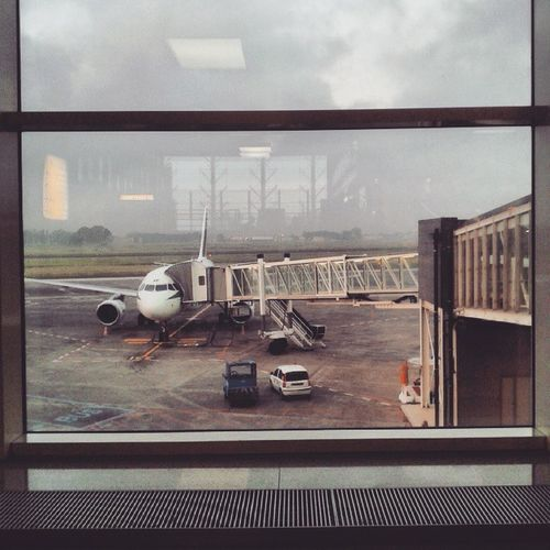 Milano Mi Imcoming 2015  6 .27amTravel Catania Sicily Italy Flying Biglietto Flight Airplane Airport RainyDay Waiting For Plane Instatravel Instaday Instaweather Instagood Picoftheday Pictureoftheday Shot makemefeelbeautiful