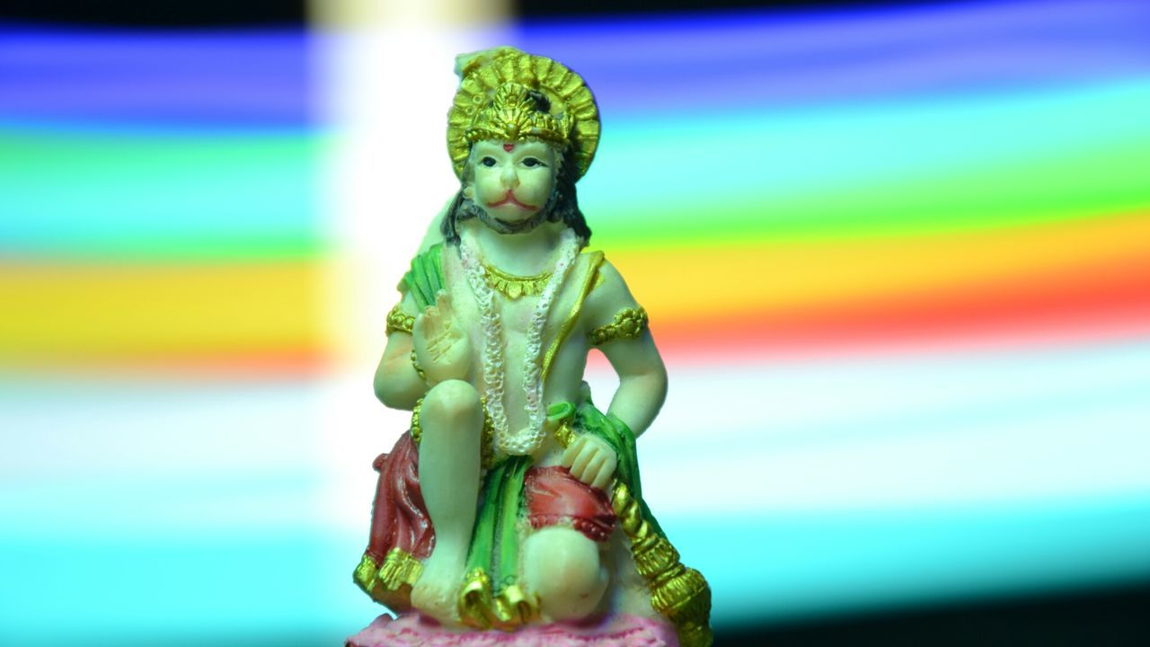 human representation, art and craft, creativity, multi colored, statue, sculpture, no people, focus on foreground, green color, close-up, indoors, day