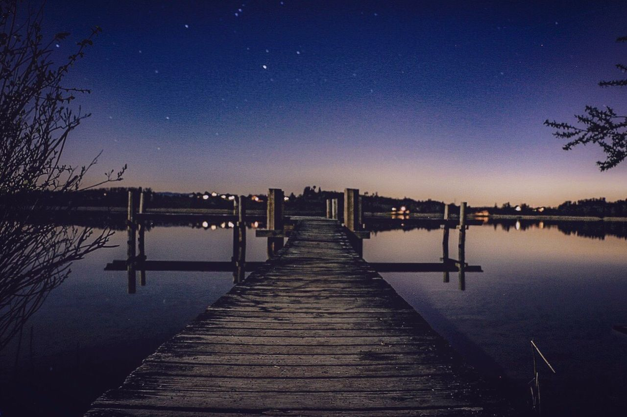 Pfäffikon Zh See Bynight Nature Photography Nature Canonphotography Langzeitbelichtung Canoneos Water Evening The Secret Spaces