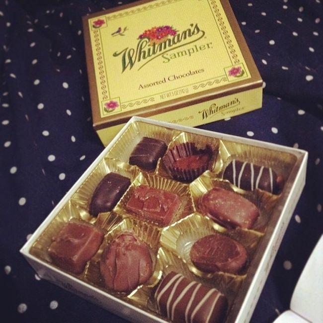 Thank you, Mom. ❤️ Whitmanschocolate Whitmans Chocolate ValentinesDayPresent valentinesday present food foodporn sogood thankyou omnomnom yay instafood instagood tbt instalove terrifictuesday