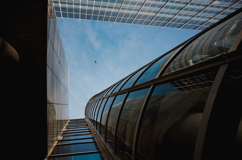Hamburg Sky Helicopter Street Building Exterior Ricoh Gr Streetphotography Geometric Shape