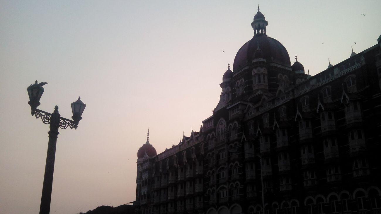 Dawn Hotel