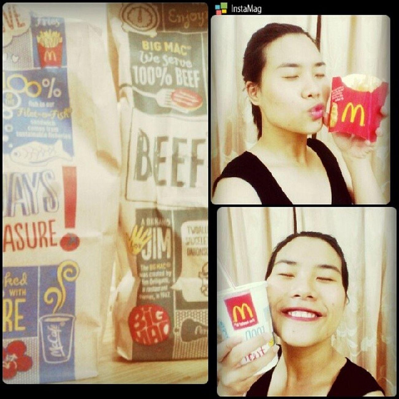 Fastfood Macdonal Drivethrough I 'mlovin'it :))foodaholic