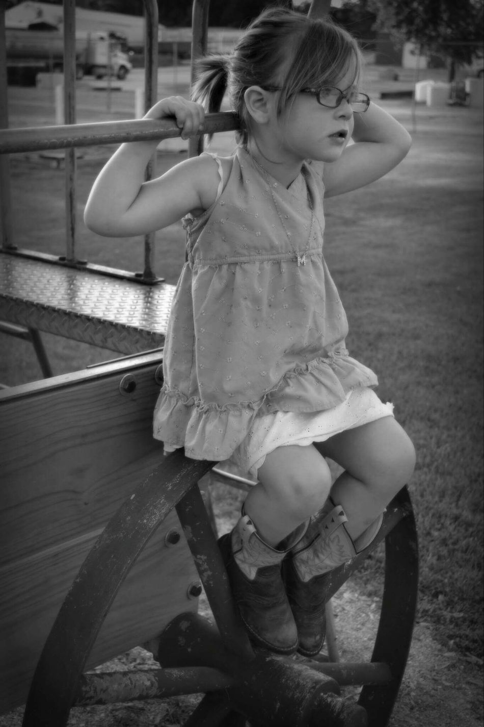 Maggie May Portrait Cousin Blackandwhite Natural Poser 4 Year Old