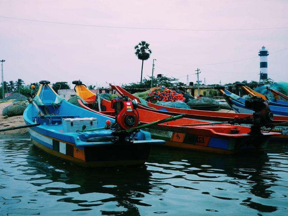 Boat Car Culture Day Famous Place Incidental People Land Vehicle Mode Of Transport Moored Nautical Vessel On The Move Outdoors Reflection Residential District Transportation Travel Traveling Trip Water Waterfront Pulicat Light House Tadaa Community Tamilnadu Weekend Activities