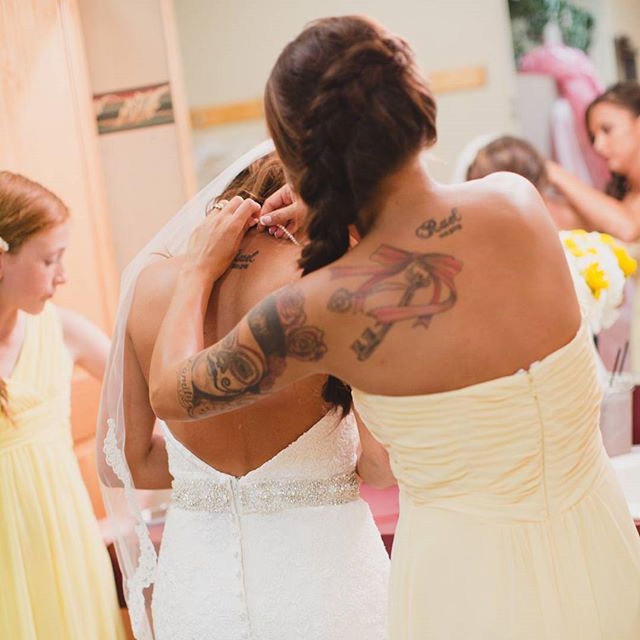 Alexanderwedding Bride Maidofhonor Wedding Missedourmom Beautifulday Ink Womenwithink Tattowomen Tattoos
