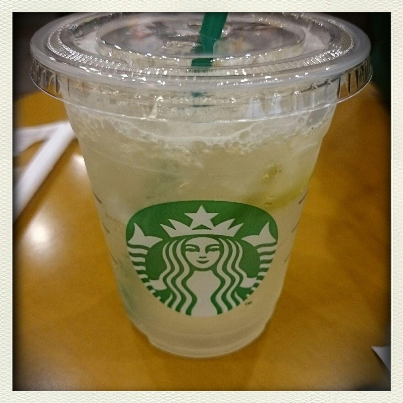 昼間スタバで頼んだライムドリンク(・ω・)。 Starbucks Japan Drinking Starbucks