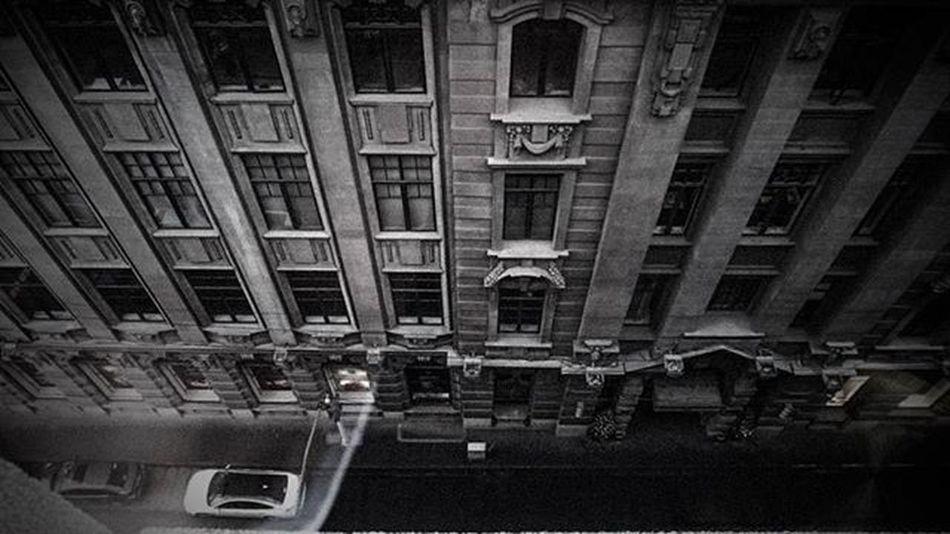 Dark city. Shanghaibund