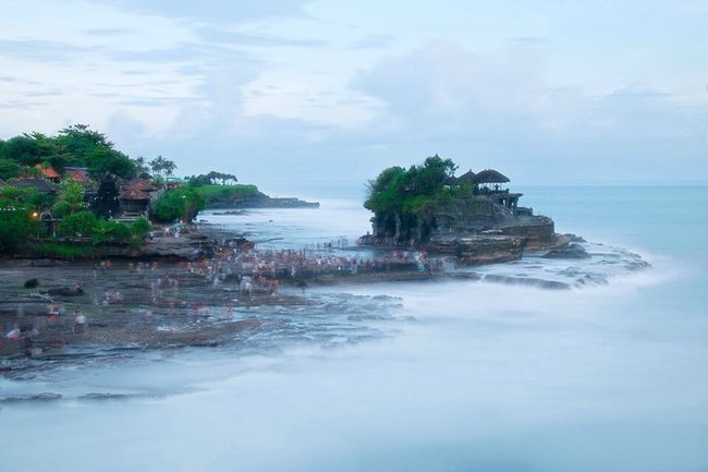 Slow Shutter Water Blue Temple Tanah Lot Movement Landscape Ocean Tanahlot Tourism Landmark Crowd Moving Crowds